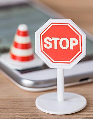 Controlar la ansiedad en relación a la tecnología previene accidentes
