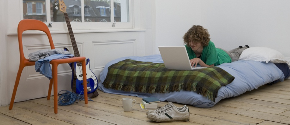 Ciberbullying escolar LGTBfóbico: cómo prevenirlo a través del uso responsable de las redes sociales