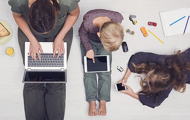 #CiberNavidad en Familia: 5 palabras analógicas sobre hábitos digitales