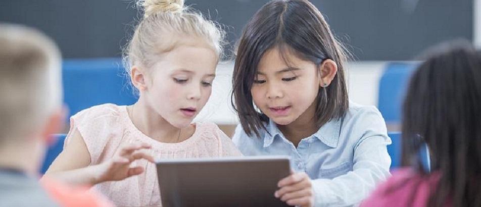 Niños sin clases: ¿cómo enfrentar una rutina de trabajo y educación en casa?